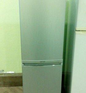 Узкий холодильник Samsung RL17MBMS