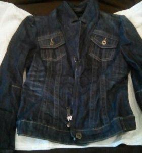 Джинсовая новая куртка