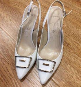 Босоножки (туфли) женские кожаные НОВЫЕ RiaRosa