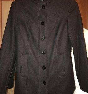 Пальто новое Befree