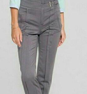 Женские брюки 42 размер