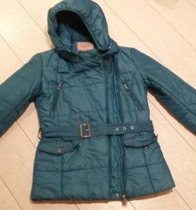 Куртка на весну 42-44 р.