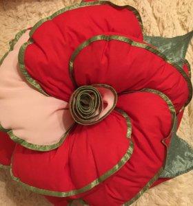 Роза подушка