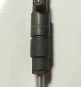 Топливная форсунка в сборе на двигатель ТМЗ-450Д.