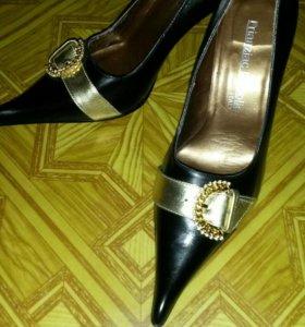 Туфли кожаные 37(натуралка)