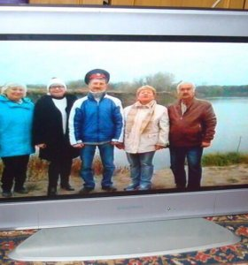 ЖК-телевизор GRUNDIG 26дюймов