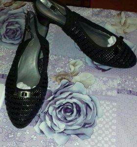 Обувь размерый 36-37-38-39-40-41
