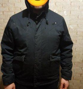 Продам осеннию куртку фирмы Adidas