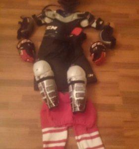 Хоккейная форма от 10 до 12 лет