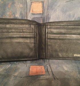 Бумажник кожаный