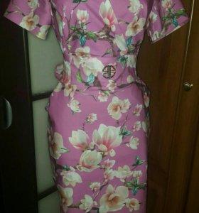 Новое платье р48-50
