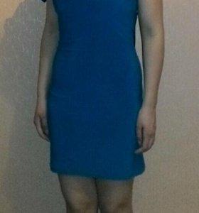 Нарядное платье размер 42