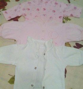 Кофточки новорожденной