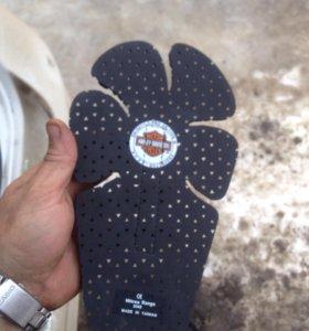 Накладки под ноги для квадроцикла и снегохода,