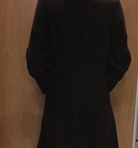 Пальто демисезонное на тёплой подкладке размер s