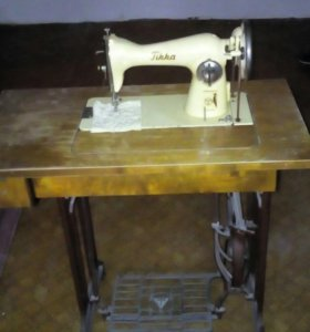Швейная машина Тикка