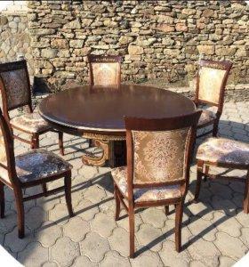 Элитный комплект стола и стултев