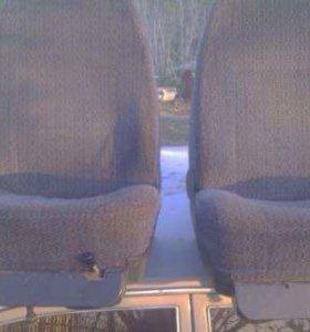 2 Передних сиденья на Газель или Волгу
