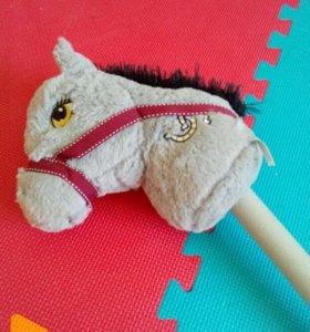 Лошадка на палочке со звуком