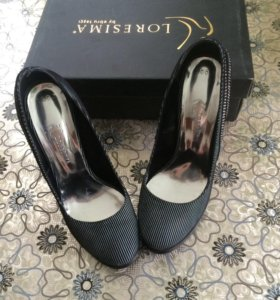 Женские туфлм