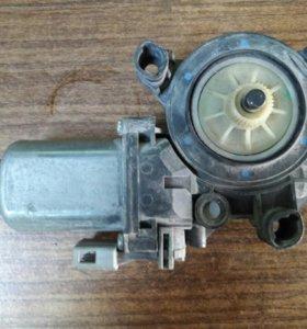 Мотор стеклоподьемника vag