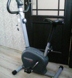 Велотренажер TORNEO NOWA