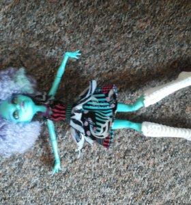 Продам куклу Хани Свамп