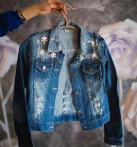 Джинсовая куртка (новая)