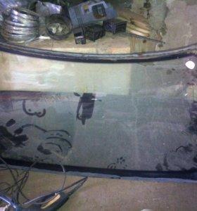 Переднее лобовое стекло на 2110