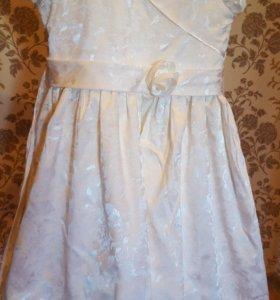 Платье на выпускной Сзади