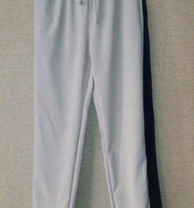 Легкие брюки (весна-лето), новые( М)