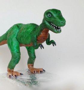 Динозавр из мастики на торт