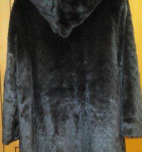Легкая новая шубка-пальто