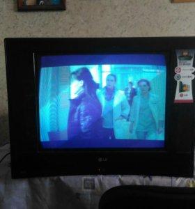 Телевизор LG 54см