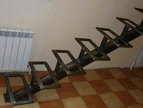 Лестница на металокаркасе
