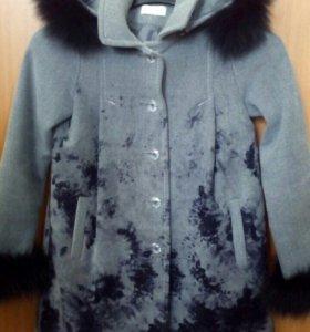 Пальто для девочки stillini