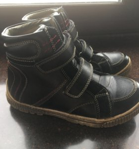 Демисезонные ботинки д/м 35р-р
