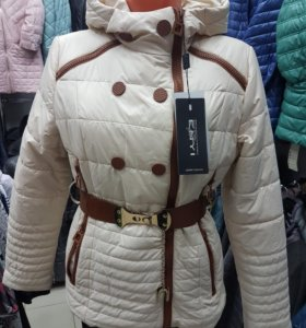 Новая курточка размеры 42, 48, 50