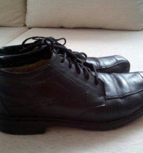 Мужские ботинки фирмы Ecco