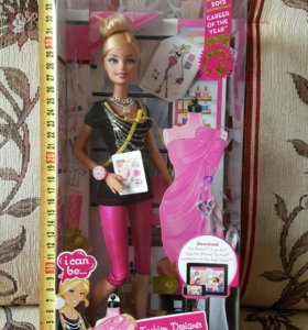 Новая кукла Барби швея