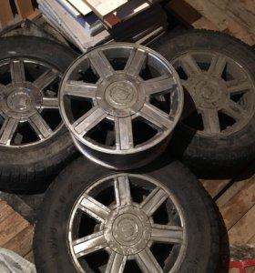 Шины с дисками на Cadillac Escalade
