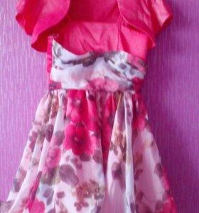 Платье нарядное( сзади шнуровка)