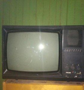 Телевизор цветной Русич