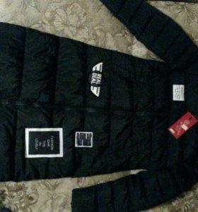 Деми.куртка новая