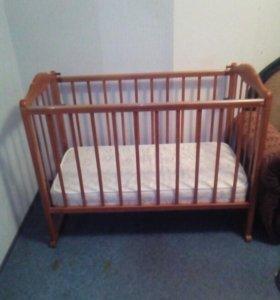 Детская кровать с ортопед. матрацем.