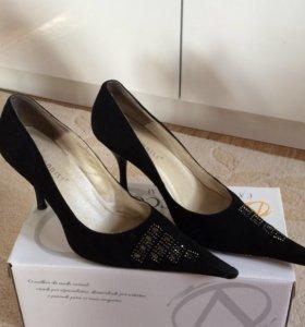 Туфли замшевые FADDIST 38 размер