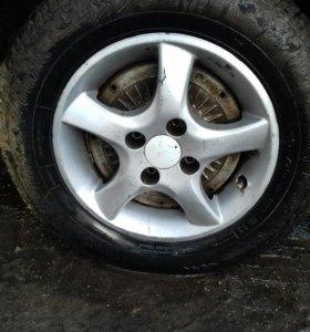 колеса р13 резина почти новая