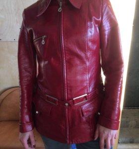 Пиджак натуральная лакированная кожа