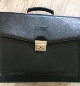 Кожаный мужской портфель Petek