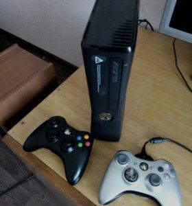 Xbox 360 Прошитый, Freeboot 250gb много игр .Торг